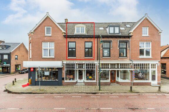 Naarderstraat 25A, Laren